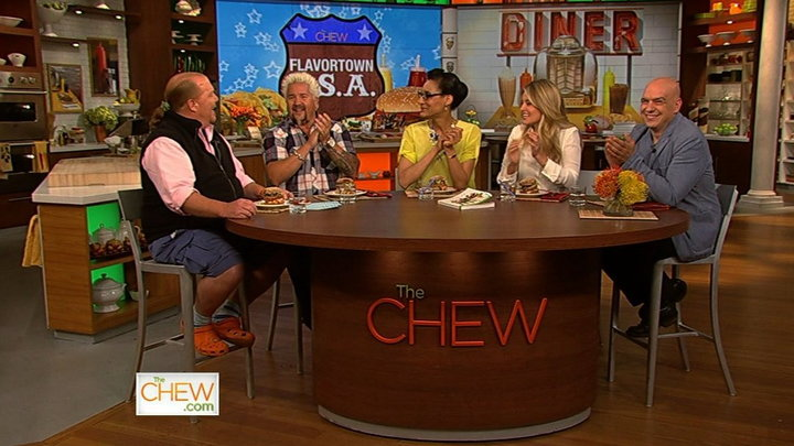The Chew - Chat N Chew: Flavortown, USA