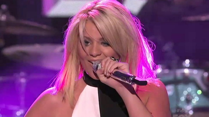 American Idol - Lauren Alaina Performs Barefoot and Buckwild