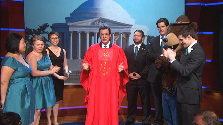 The Colbert Report - s10 | e4 - Thu, Oct 3, 2013